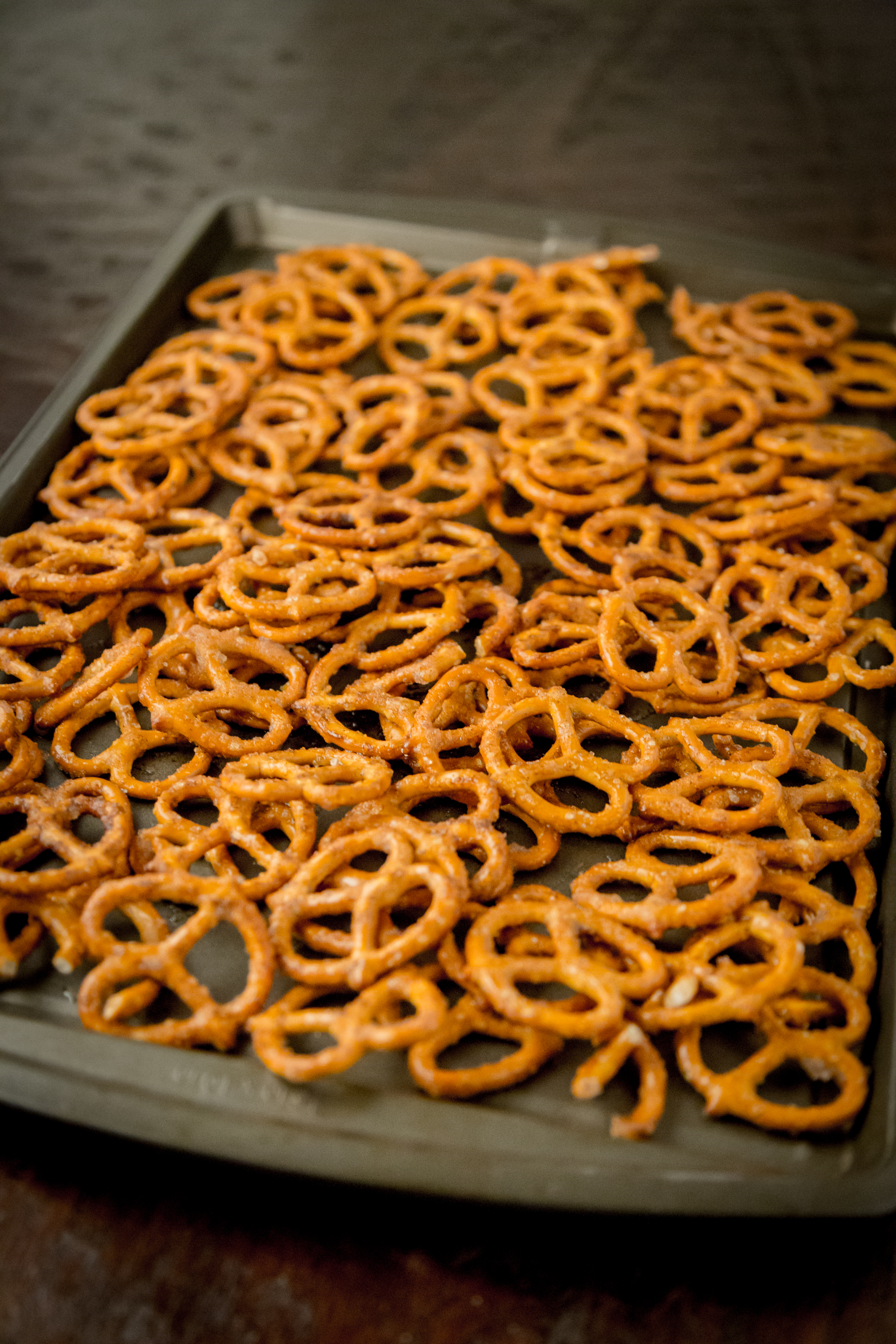 "Sweet Roasted ""Crack"" Pretzels 